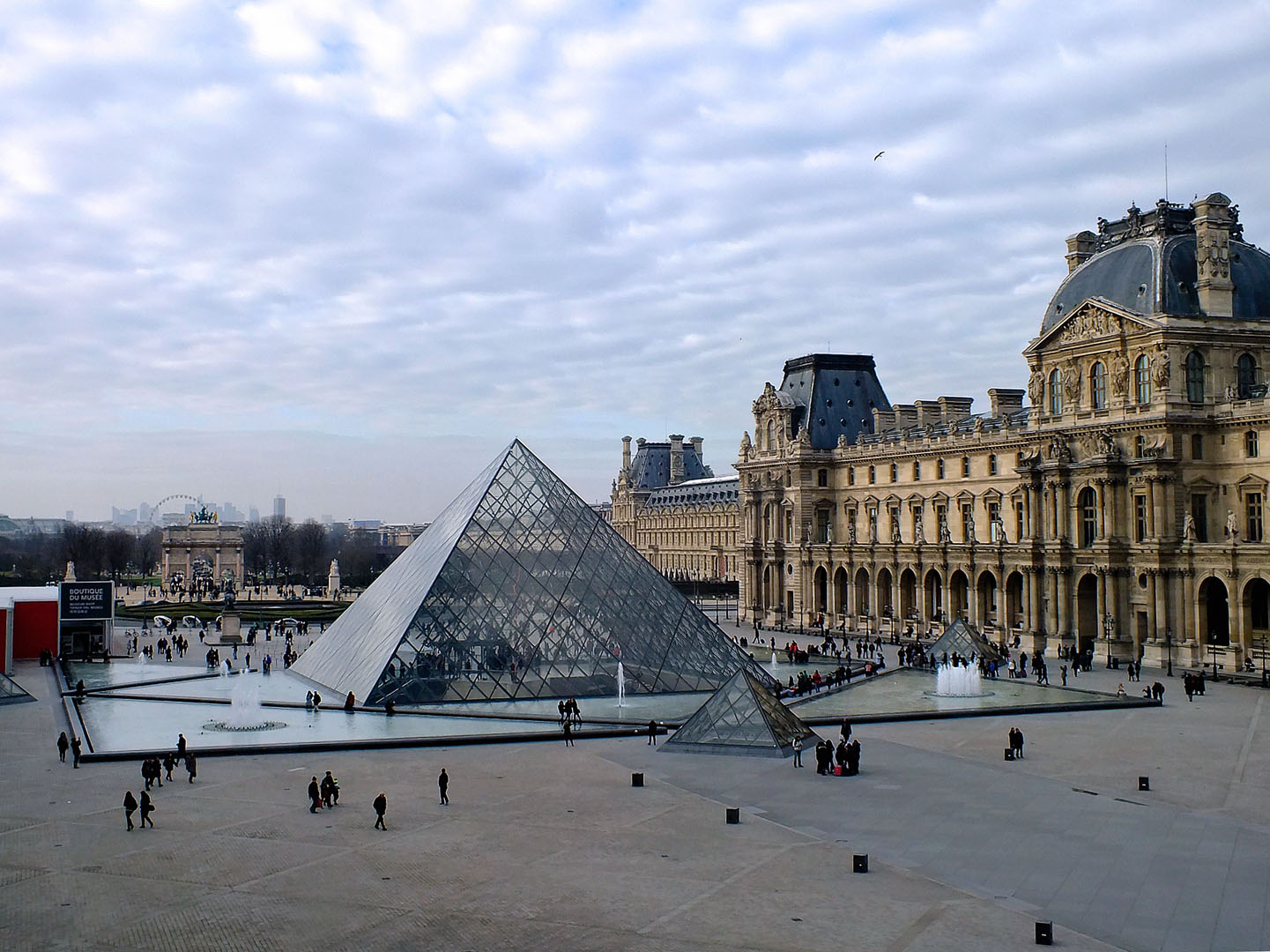 269/Opera Opal/Photos/4-Page Services/PAGE SERVICES - SECTION 1 - CONCIERGERIE_resultat.jpg
